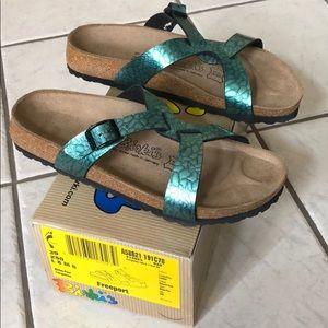 New with box birki turquoise Freeport sandals